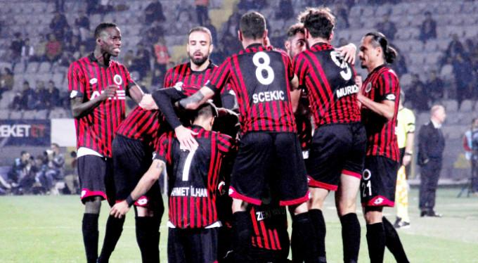 Beşiktaş başkentte kayıp: 2-1