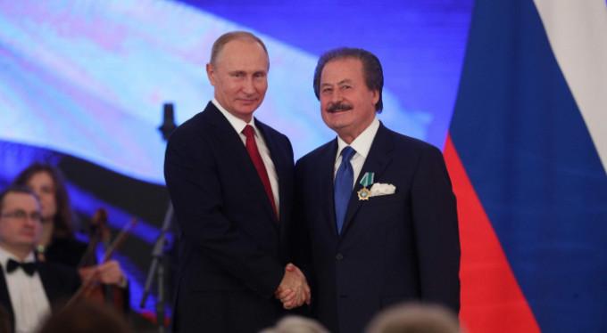 Putin'den eski bakana anlamlı ödül!
