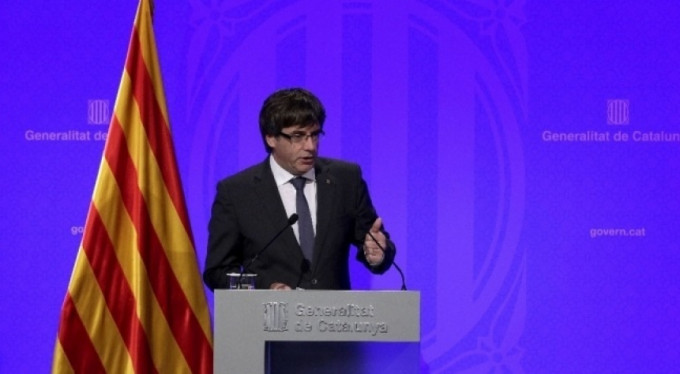 Katalan lider teslim oldu!