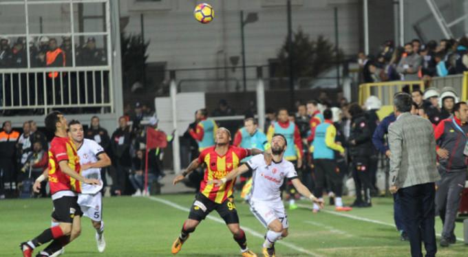 Beşiktaş, Göztepe'den 3 puanı 3 golle aldı