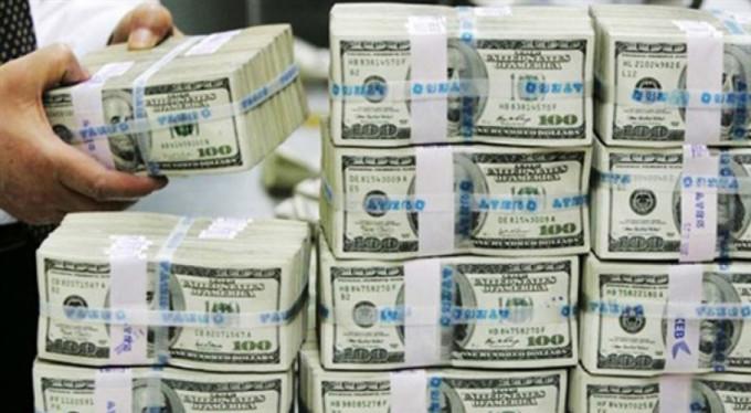 800 milyar dolara el konuyor
