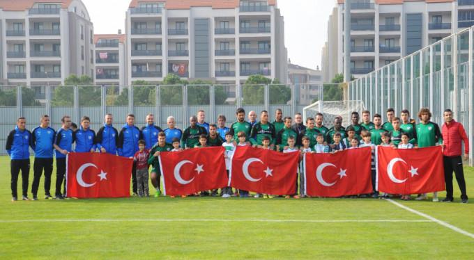 Bursaspor'dan anlamlı poz