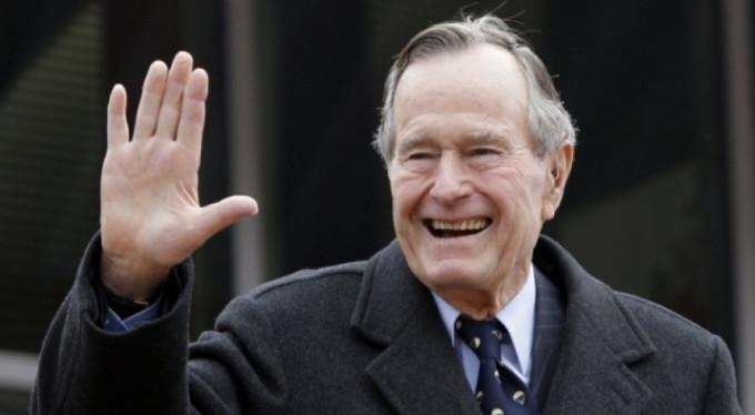 Baba Bush'un taciz defteri kabarıyor...