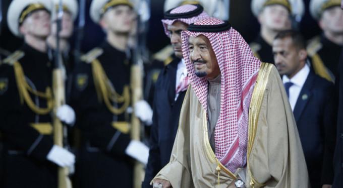 Suudi Arabistan'ın gündemi kral tahttan iniyor mu?