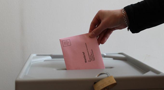Almanlar yeni seçim istiyor!
