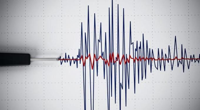 Yeni Kaledonya'da 7 büyüklüğünde deprem!