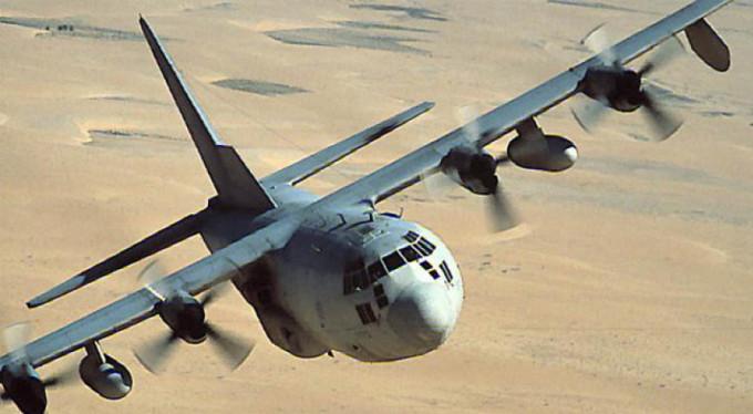 Askeri uçak içinde personeli ile düştü