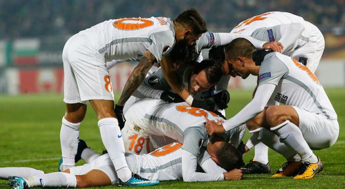Başakşehir'in tur inadı: 1-2