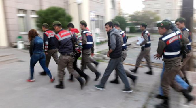 Bursa'da suçüstü enselendiler!