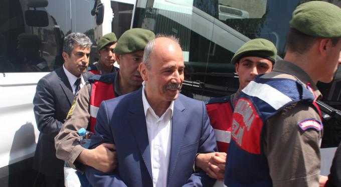 Bursa'da eski bürokratlar sanık oldu...