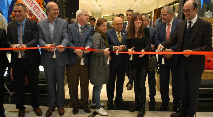 Bursa'ya 1.3 milyon TL'lik yeni mağaza