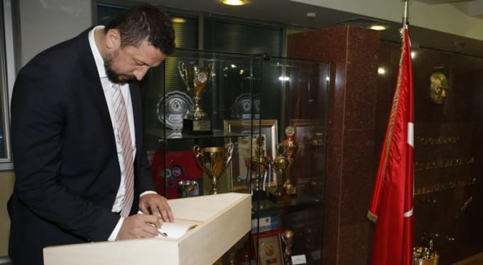 Hidayet Türkoğlu'ndan Bursaspor'a Teşekkür