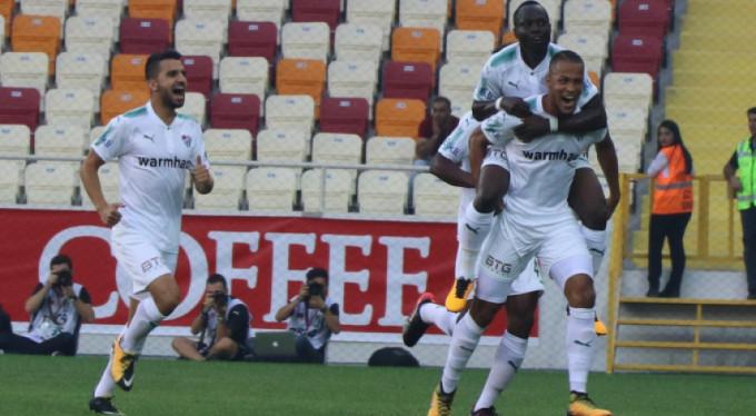 Bursaspor'da Ekong sevinci!