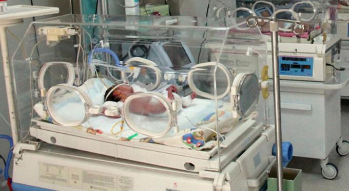 Hastanede skandal! Bebekler başkasına veriliyor iddiası