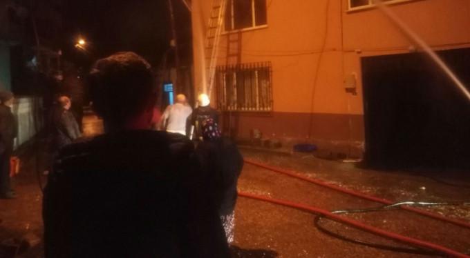 Kardeşlerin evleri alev alev yandı