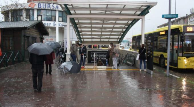 Bursa'da garip şeyler oluyor! Meteoroloji açıkladı