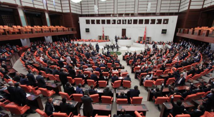 Meclis'ten tarihi karara destek!