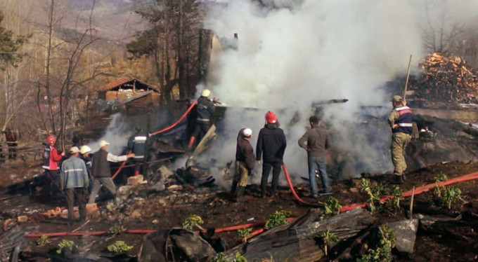 Tokat'ta çıkan yangında 3 çocuk vefat etti
