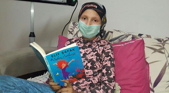 Kanser hastası Fatmanur yardım eli bekliyor
