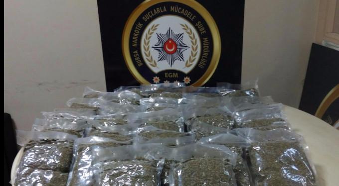 Bursa polisinden uyuşturucu baronlarına darbe!