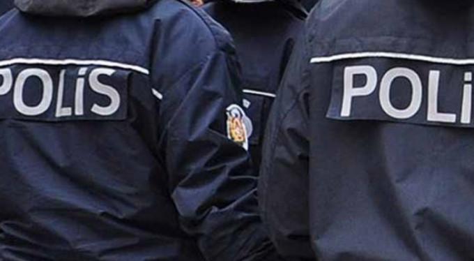 AVM'de polis operasyonu!