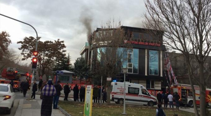 BBP Genel Merkezi'nde yangın!