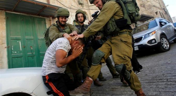 İsrail askerleri, 2 Filistinli genci öldürdü!