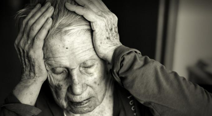 Alzheimer hastalarına elektrikli tedavi