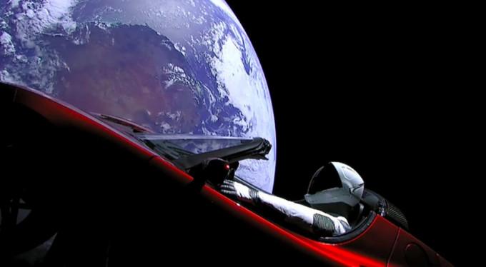 Tesla'nın otomobili Mars'ı ıskalayacak