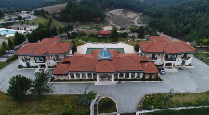 Fethullah Gülen'in Bursa'daki malikanesine el konuldu!