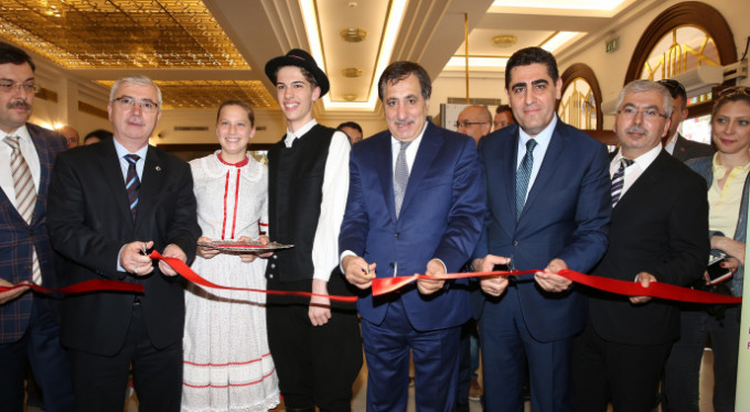 23 Nisan coşkusu Bursa'da erken başladı