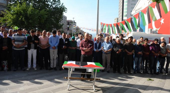 Bursa'da Filistin için gıyabi cenaze namazı