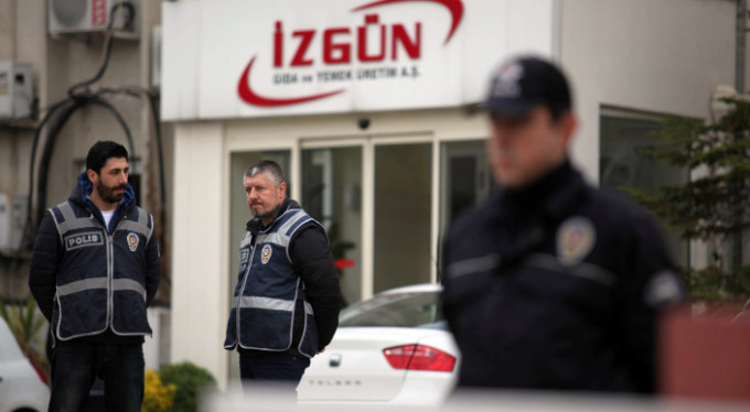 FETÖ'nün yemek şirketinin yöneticilerine ceza yağdı