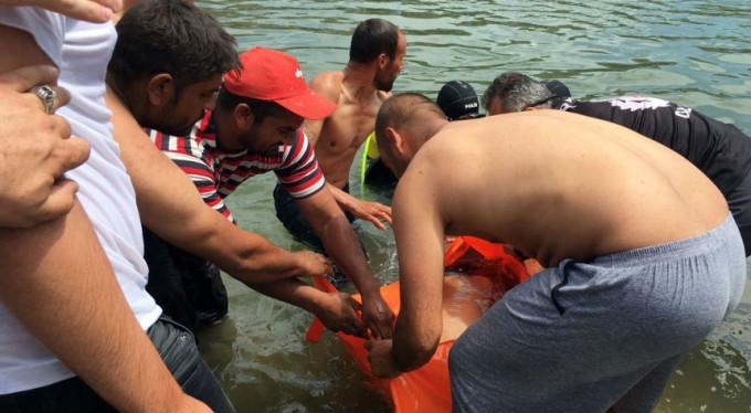 13 yaşındaki İsmail serinlemek için girdiği derede boğuldu