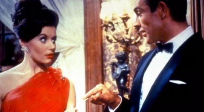 İlk Bond kızı hayatını kaybetti