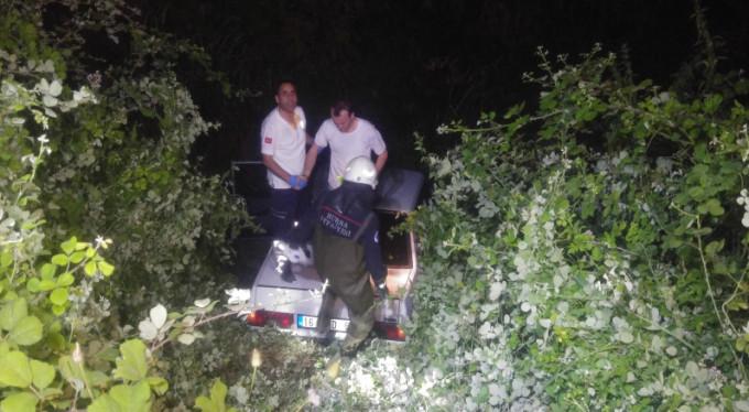 Bursa'da panik anları! Araç dereye uçtu