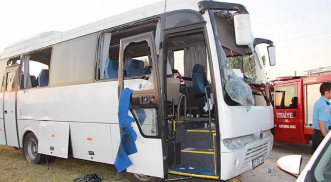 Manavgat'ta tur midibüsü kaza yaptı: 19'u İsrail uyruklu turist 21 kişi yaralandı