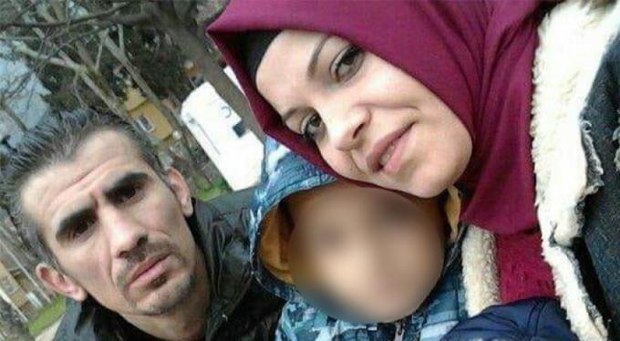 Bursa'da eşini 5 yerinden bıçakladı!