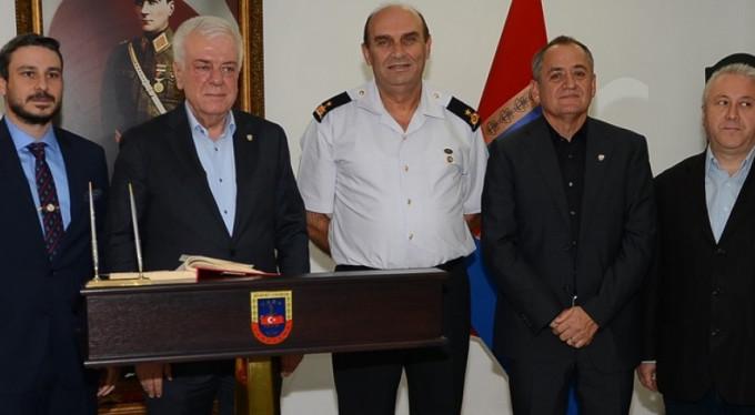 Bursa İl Jandarma ve Garnizon Komutanı Hakan Saraç'a hayırlı olsun ziyareti