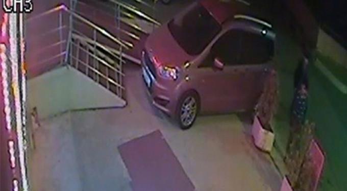 Duba hırsızlarını kamera yakaladı