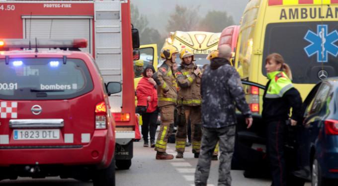 İspanya'da tren raydan çıktı: 1 ölü, 44 yaralı
