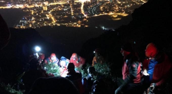 Mahsur kaldığı dağdan 8 buçuk saate kurtarılan İranlı yaşadıklarını anlattı