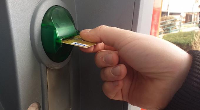 32 milyon kişi kredi kartı borçlusu!