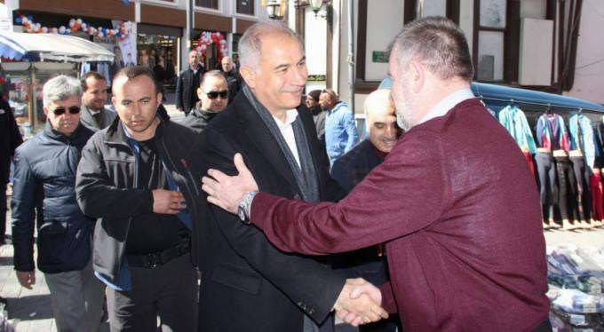 Türkiye 1 Nisan'da siyasi istikrara uyanacak