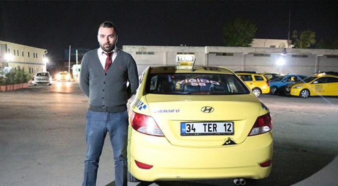 Taksiciden 'insanlık ölmemiş' dedirten davranış