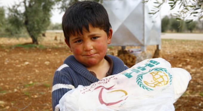 Suriye'ye 2 bin ton un yardımı