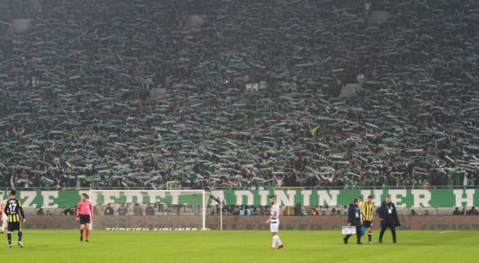 Bursaspor taraftarı çıldırdı! 2 dakika içinde...