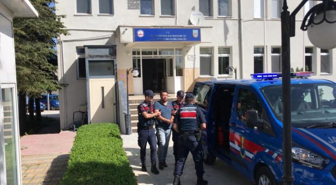 Bursa'da pencereden kaçarken yakalandı!