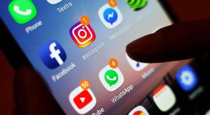 Yatmadan sosyal medyanızı kontrol ediyorsanız...