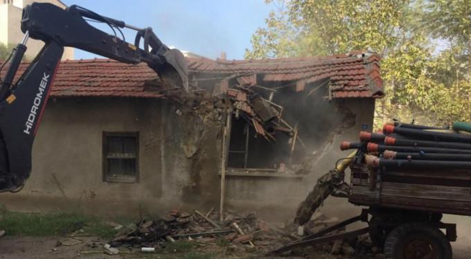 Bursa'da o binalar yıkılıyor!